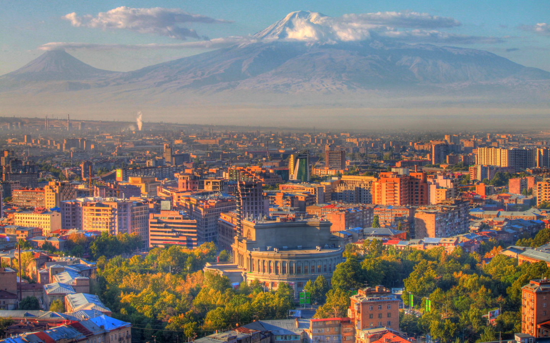 Yerevan-sundown-and-Ararat-mountain