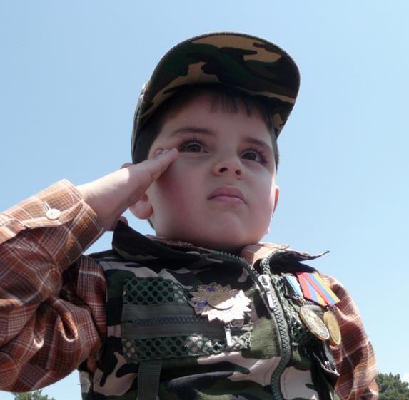 Բանաստեղծություններ փոքրիկ զինվորի մասին