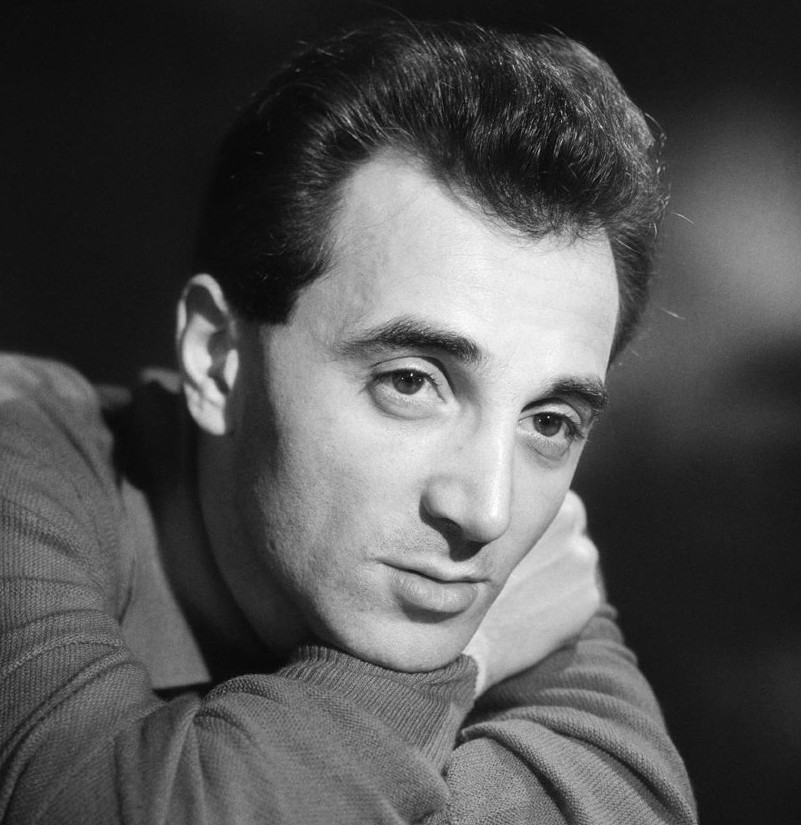 1957-charles-aznavour-a-33-years